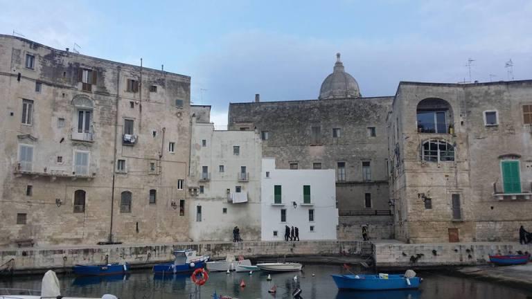 Monopoli, łódki i piękne widoki
