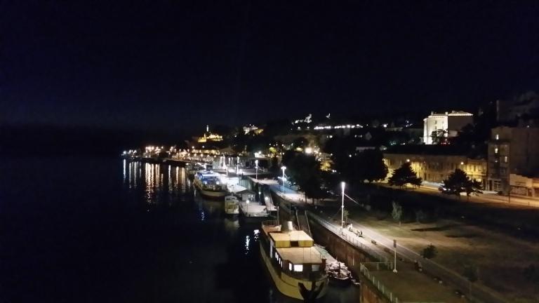 nocne życie w Belgradzie