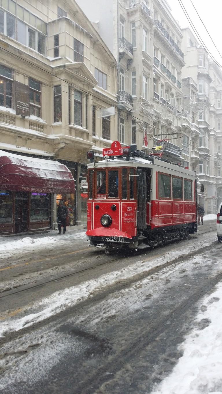 Tramwaj w Taksim zimą