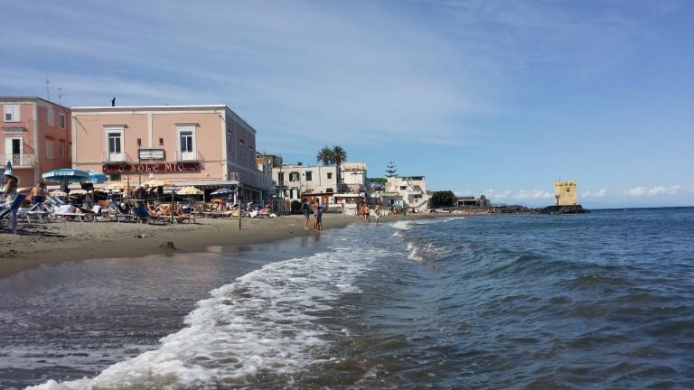 Ischia plaza