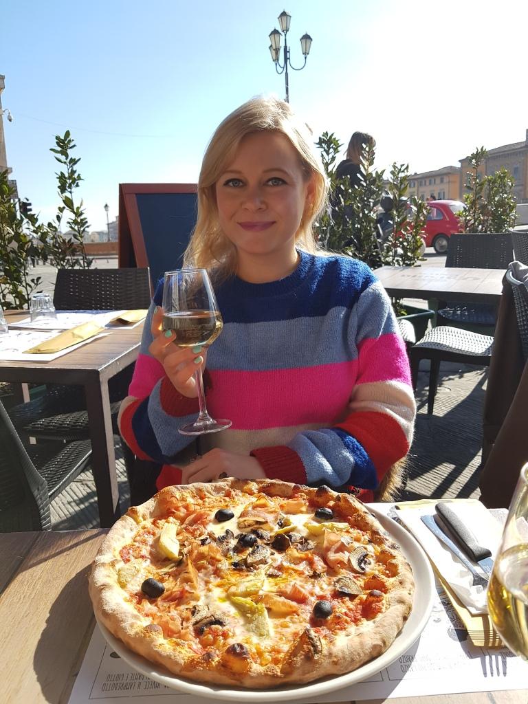 Pizza w Pizie, Piazza Garibaldi