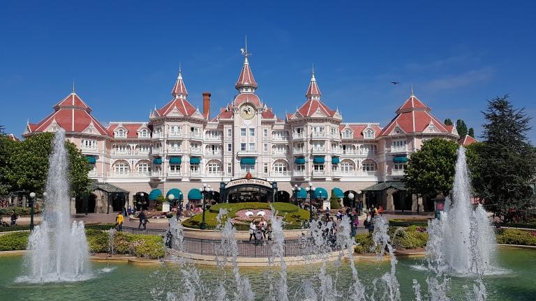 Disneyland, park rozrywki